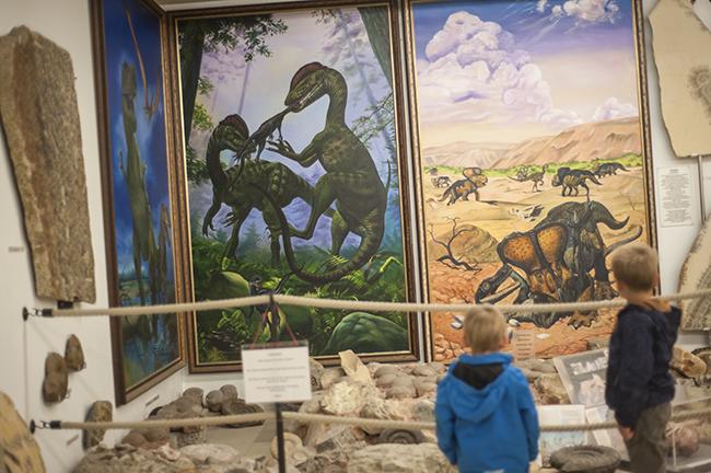 Urweltmuseum_Dinos